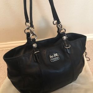 Coach Bags - Coach Signature Shoulder Bag